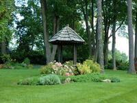 un puits dans mon jardin. Black Bedroom Furniture Sets. Home Design Ideas