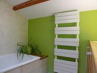 comment choisir un radiateur s che serviettes. Black Bedroom Furniture Sets. Home Design Ideas