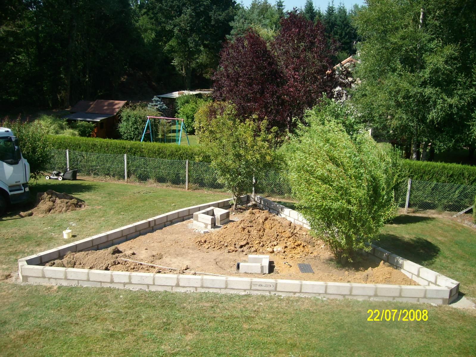 Finition muret en parpaings for Petit muret de jardin