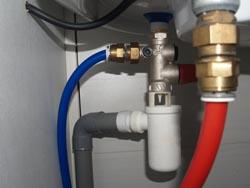 Probl me d 39 coulement eau niveau vanne s curit chauffe eau for Groupe de securite chauffe eau