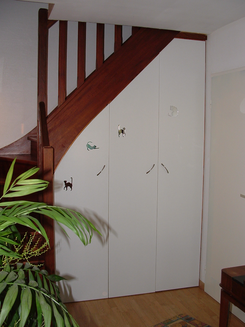 Am nager un rangement sous un escalier - Amenagement dessous escalier ...