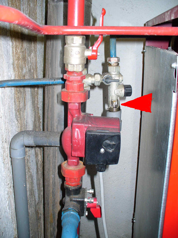 Goutte goutte chaudi re - Groupe de securite chauffe eau qui fuit ...