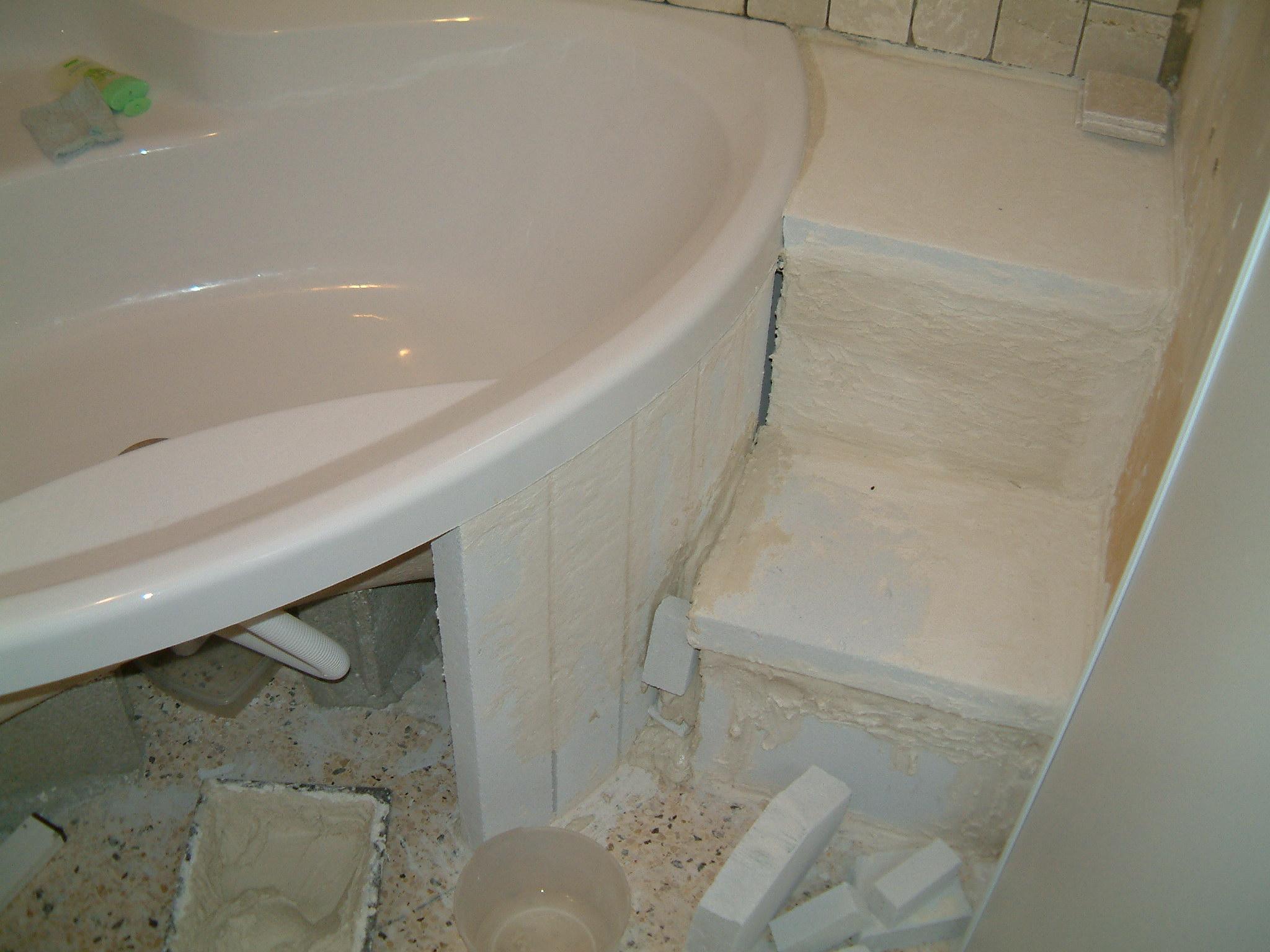 Habillage baigonoire - Comment retirer un joint de baignoire ...