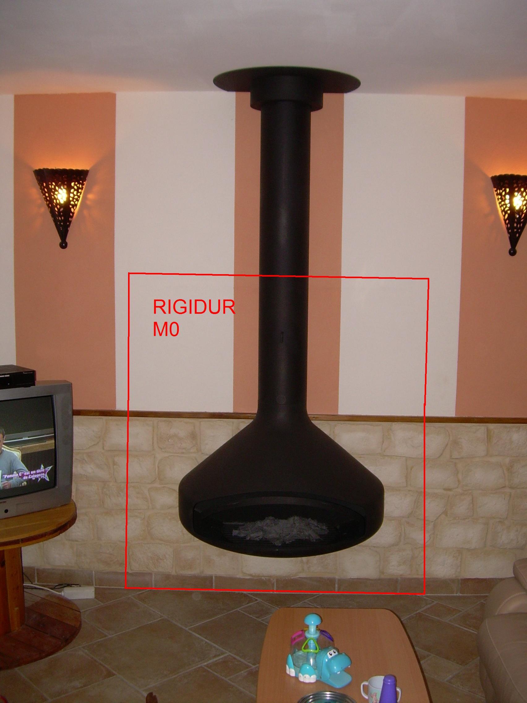 isolation d rri re un poele bois. Black Bedroom Furniture Sets. Home Design Ideas