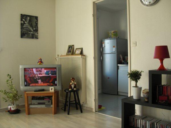 casser une prtie de murnon porteur pour installer un bar. Black Bedroom Furniture Sets. Home Design Ideas