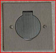 Prises electriques dans plan de travail for Prise plan de travail cuisine