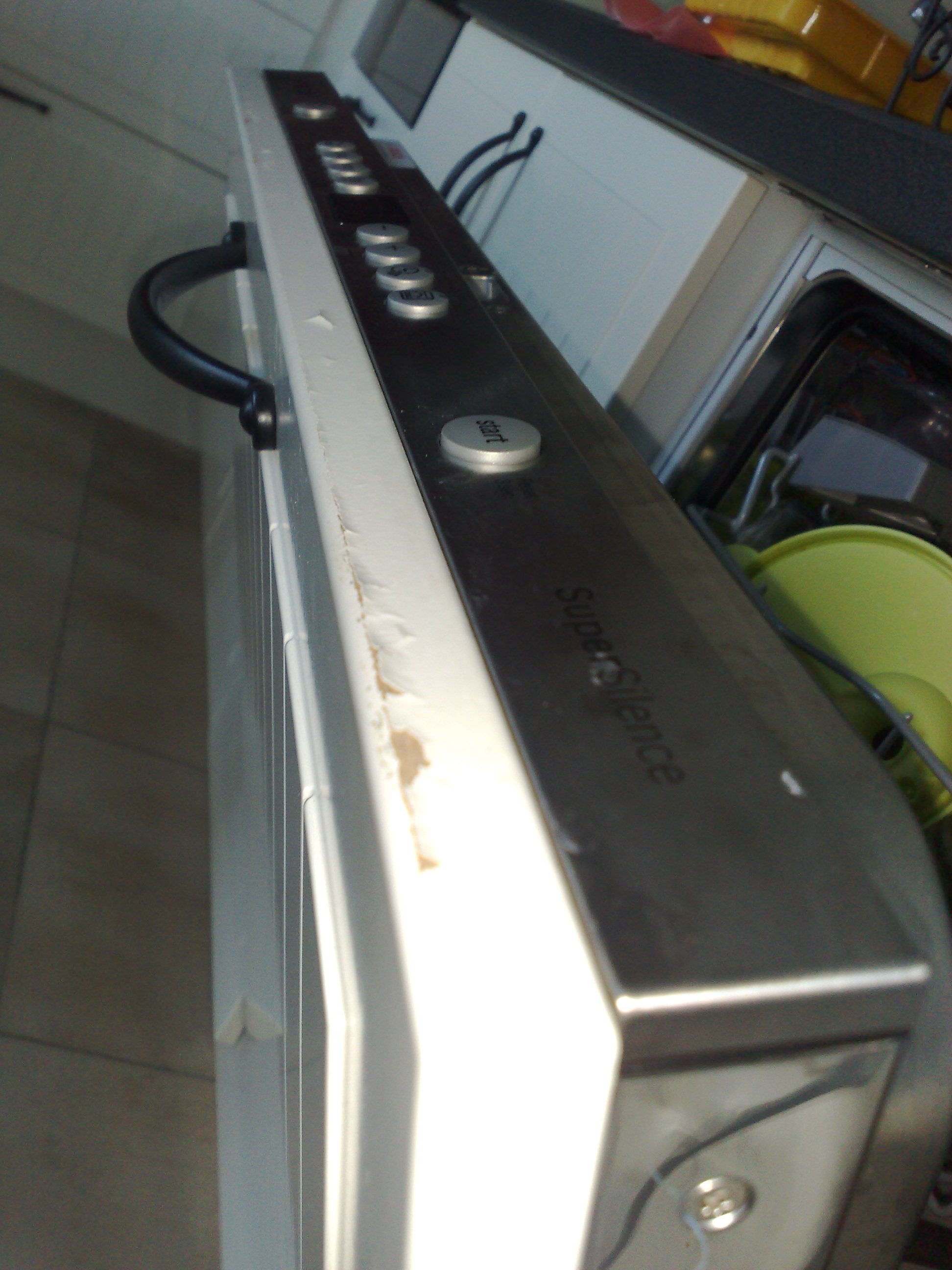 Porte cuisine lave vaisselle int grable qui cloque juste 1 an - Lave vaisselle porte a glissiere ...