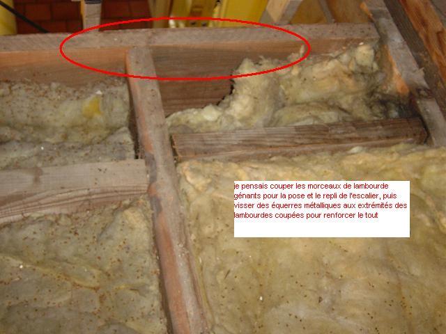 Escalier escamotable sur trappe de grenier existante for Comescalier escamotable pour grenier