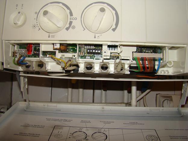 Ou connecter un thermostat sur une chaudière murale Elm