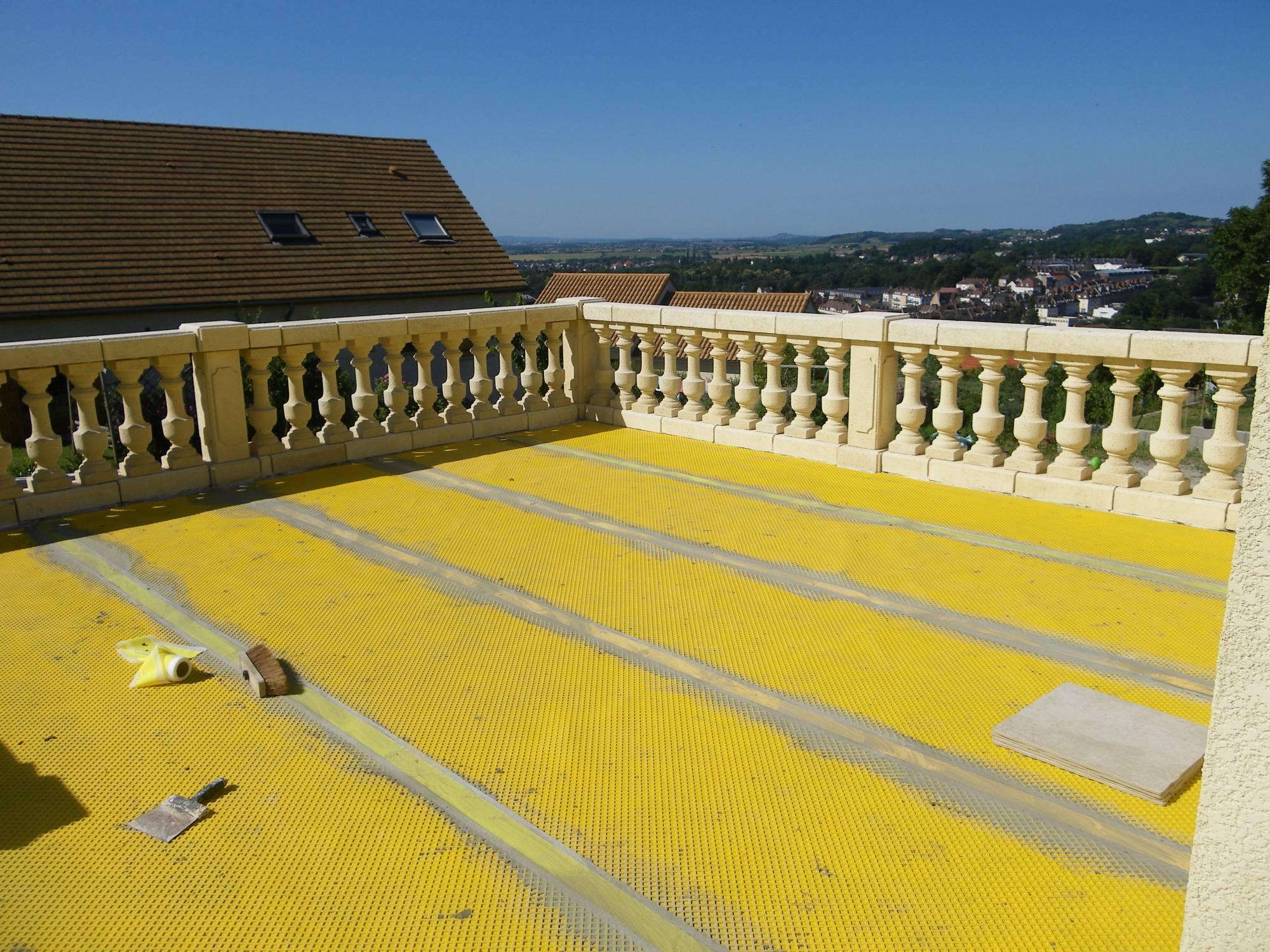 Condensation sous une terrasse for Etancheite terrasse avant pose carrelage