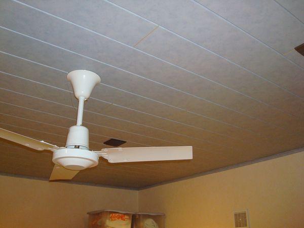 Faux plafond platre ou contreplaqu - Refaire un plafond abime ...