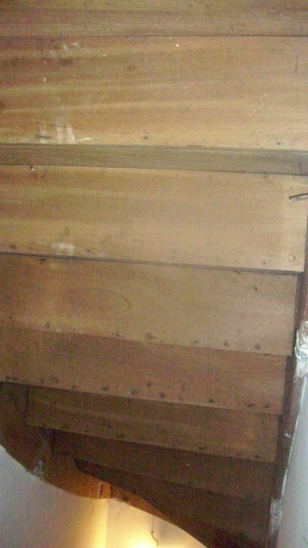 isolation escalier. Black Bedroom Furniture Sets. Home Design Ideas