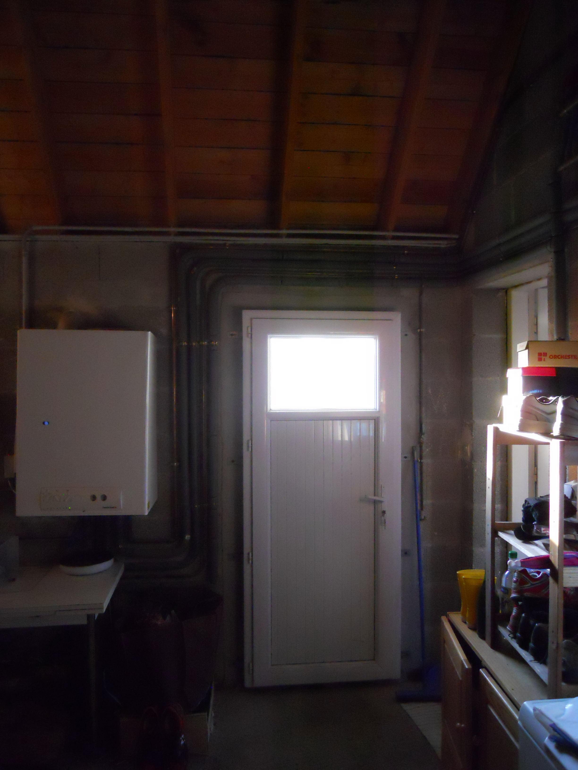 Isolation murs garage avec double panneaux for Isolation mur de garage