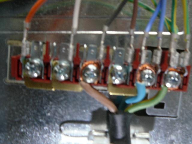 Branchement lectrique cuicini re faure cmpi 631 w - Comment brancher une table a induction ...