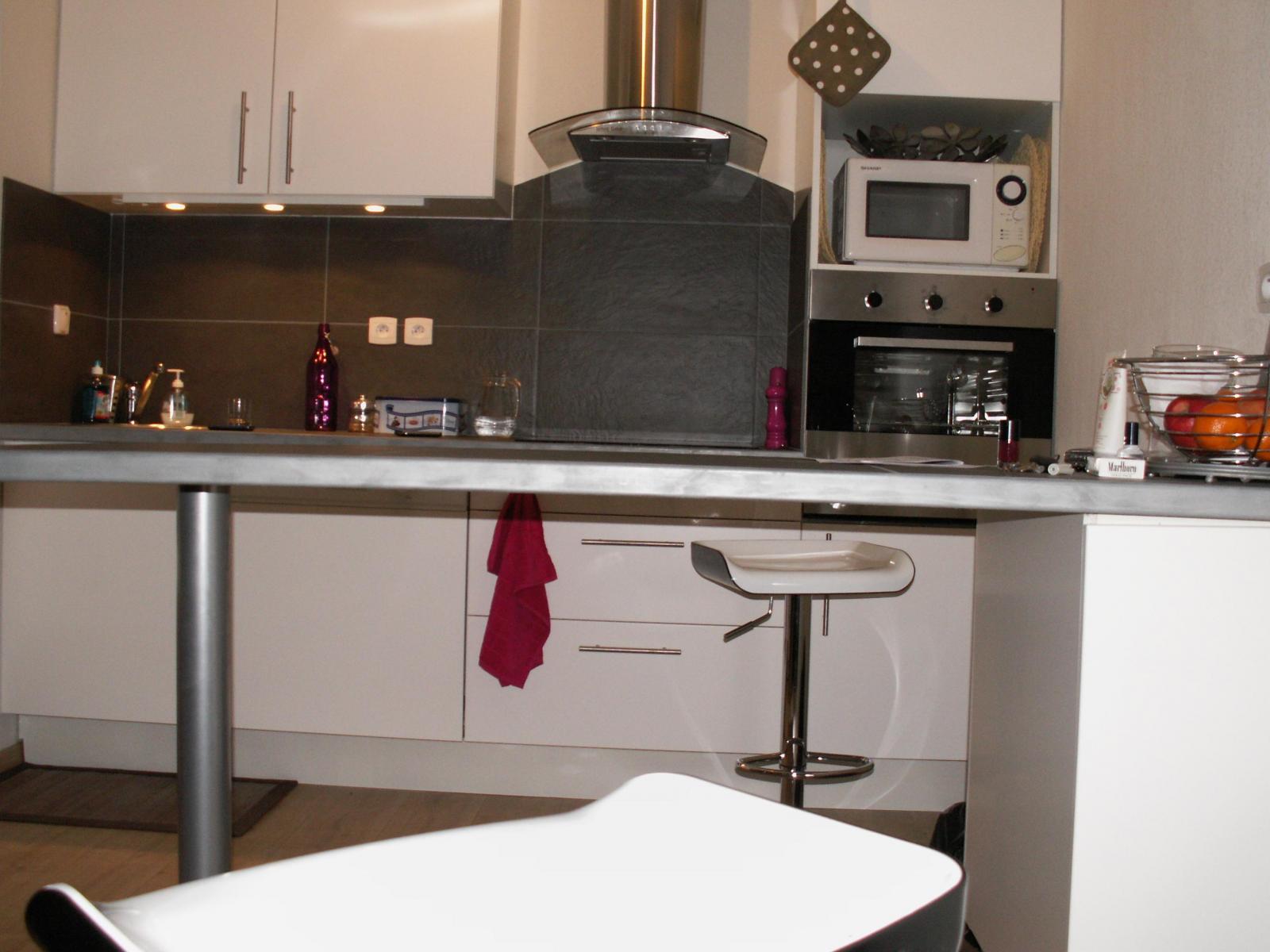 plan de travail hydrofuge. Black Bedroom Furniture Sets. Home Design Ideas