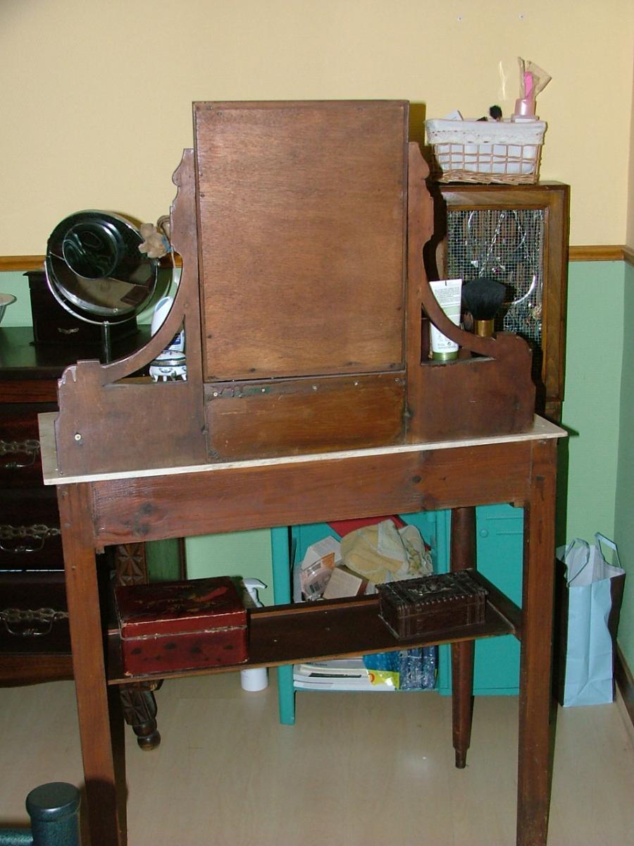 table de toilette ancienne a d corer. Black Bedroom Furniture Sets. Home Design Ideas