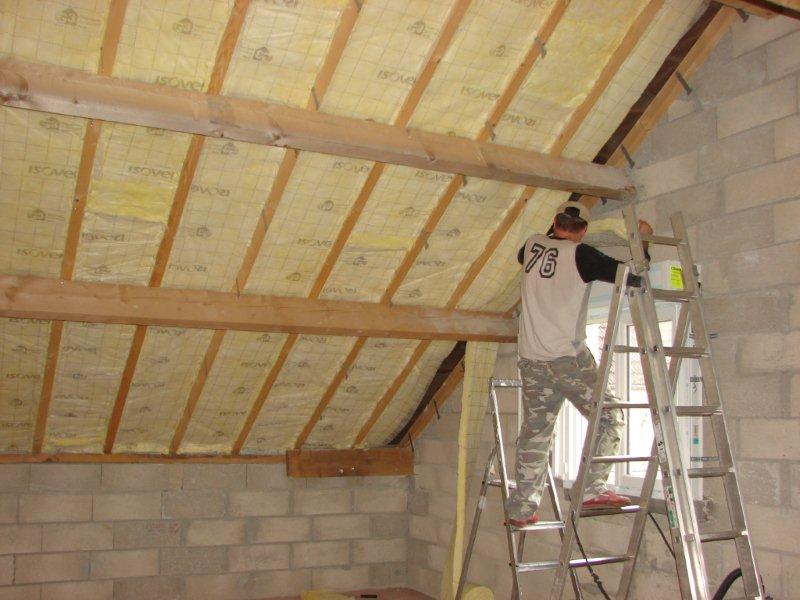 Cr er un plancher et ou faux plafond dans un toit for Faire un plafond