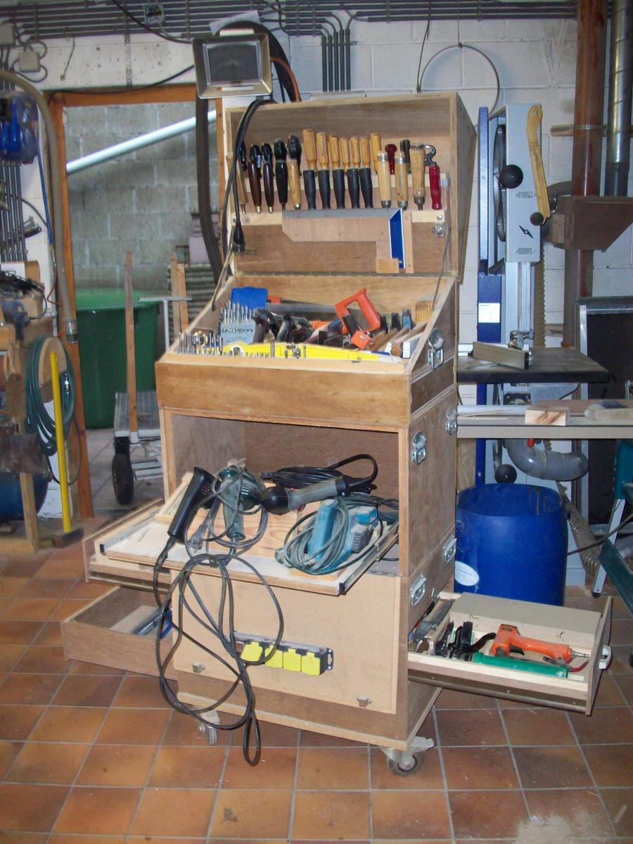 Caisse outils - Fabriquer caisse en bois ...