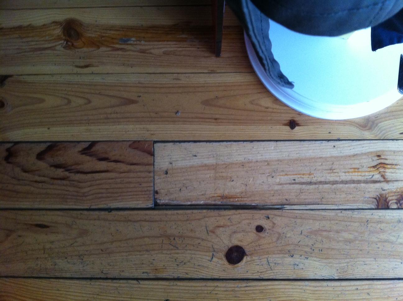 r paration pour planche parquet massif abim e. Black Bedroom Furniture Sets. Home Design Ideas