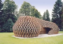 Utilisation De Palettes Pour Realiser Une Terrasse En Bois