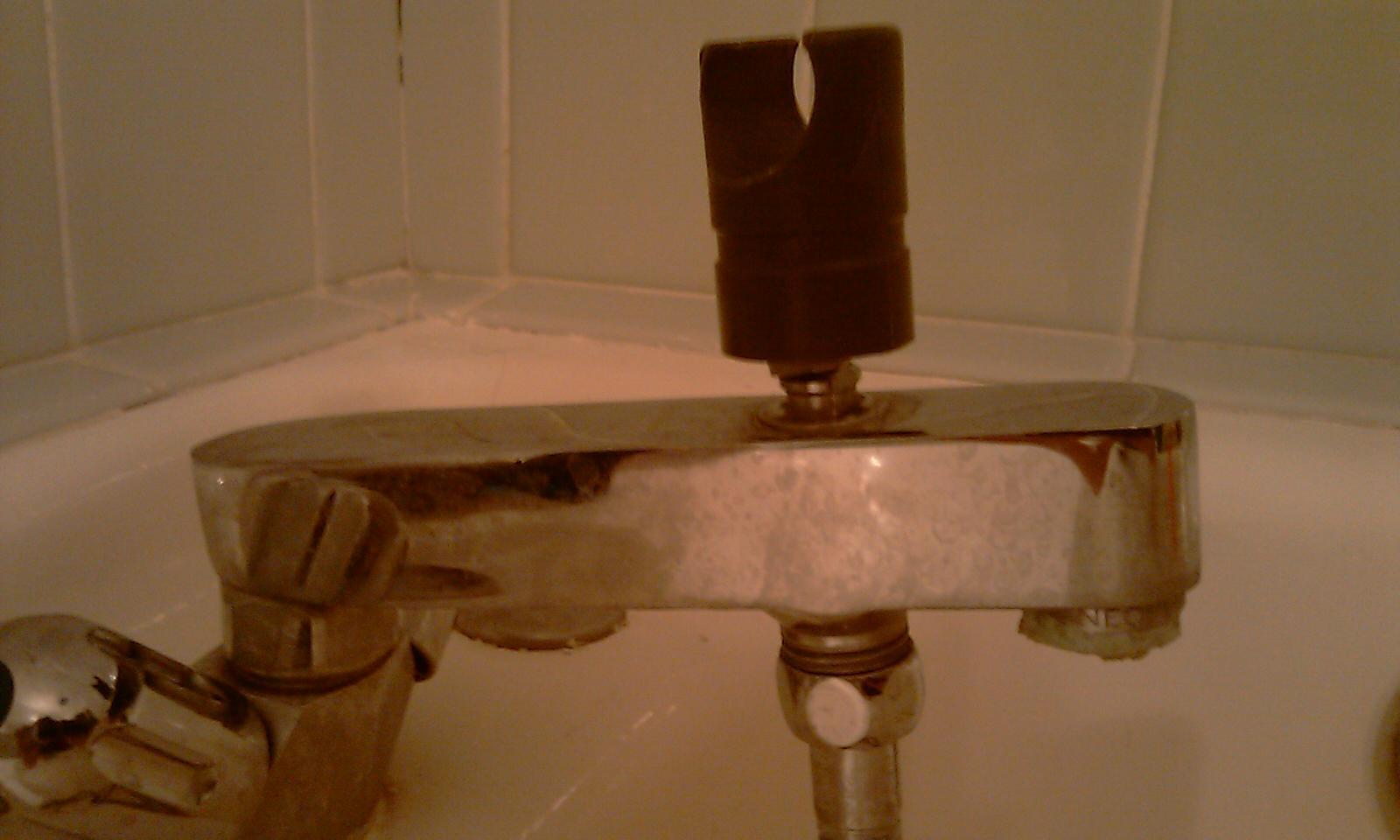 demonter un ancien robinet melangeur bain douche. Black Bedroom Furniture Sets. Home Design Ideas