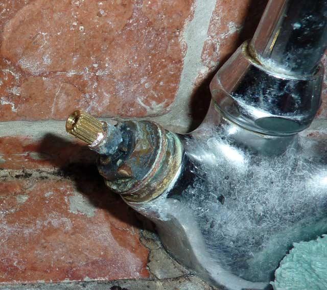 Changement de joints robinet mayfair - Changer un robinet de cuisine ...