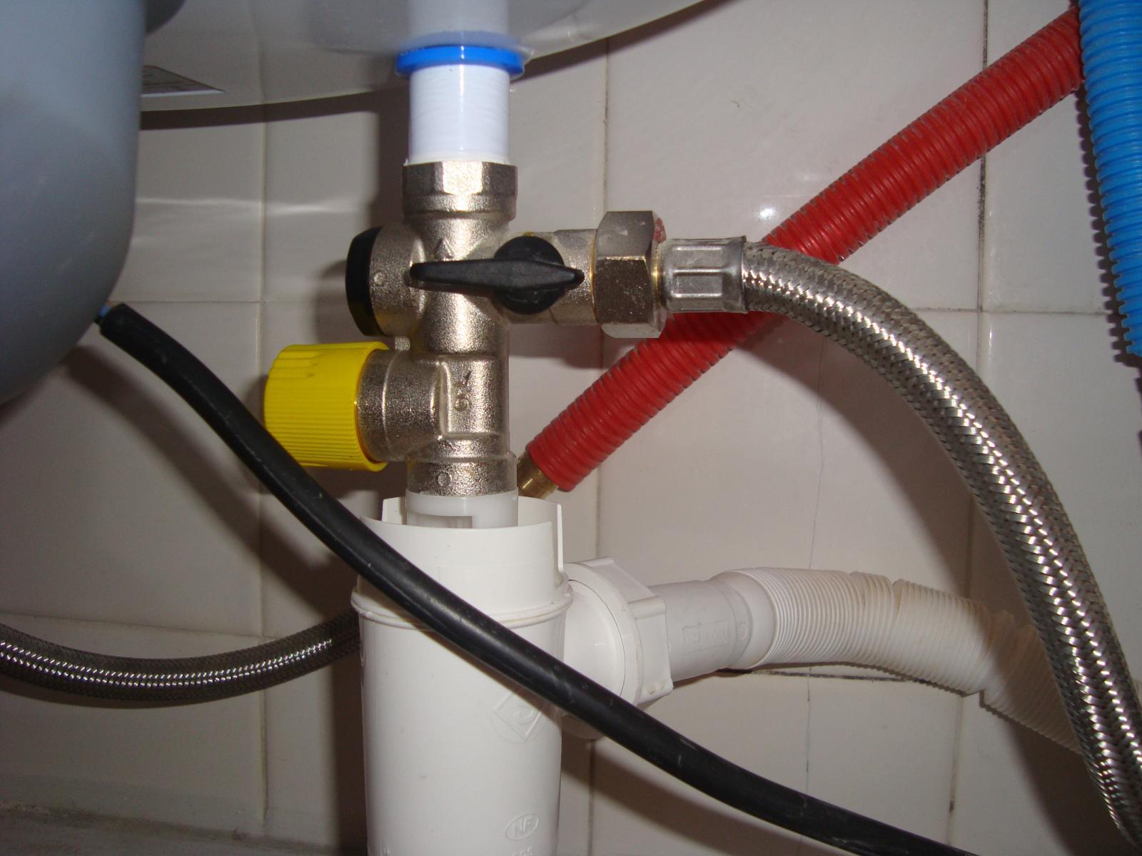 Eau chaude puis ti de - Pression d eau au robinet ...
