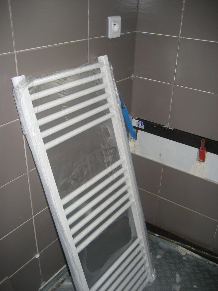 raccords per pour seche serviette eau chaude. Black Bedroom Furniture Sets. Home Design Ideas
