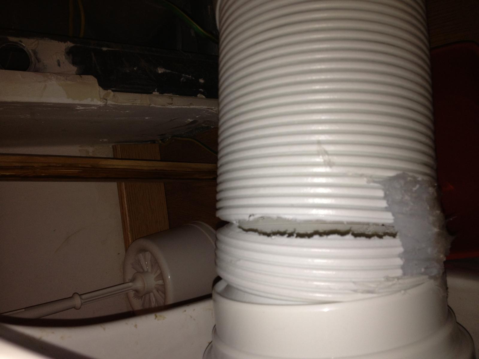 Une pipe sur une aire de repos - 3 2