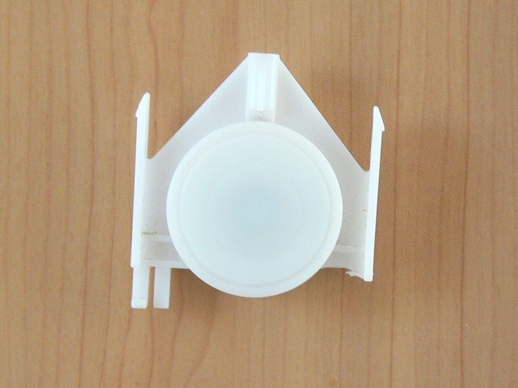 Roulette de porte coulissante en plastique for Roulettes portes coulissantes