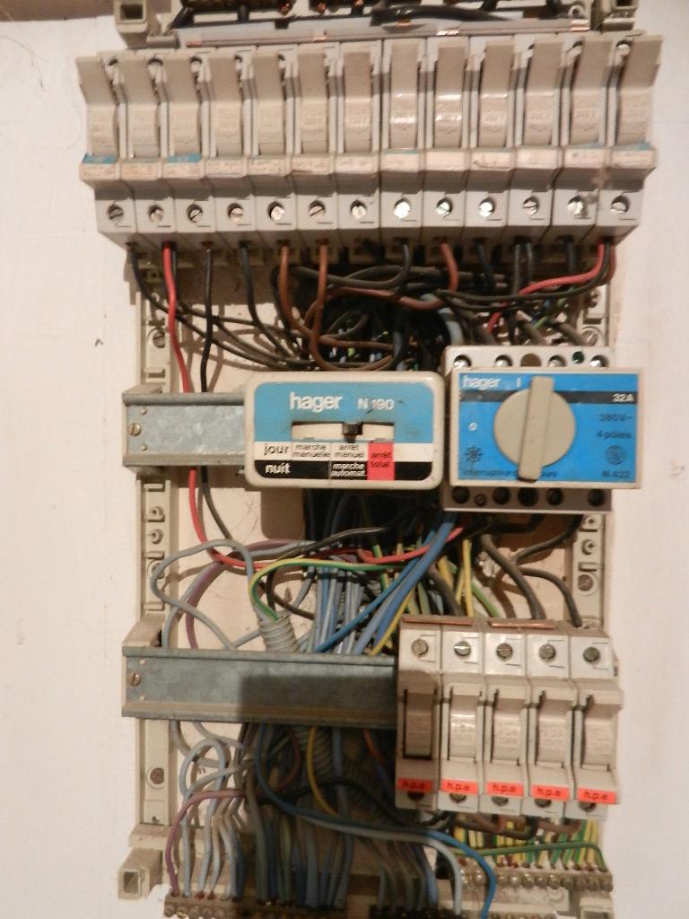 Changement de mon tableau l ctrique - Changer fusible tableau electrique ...