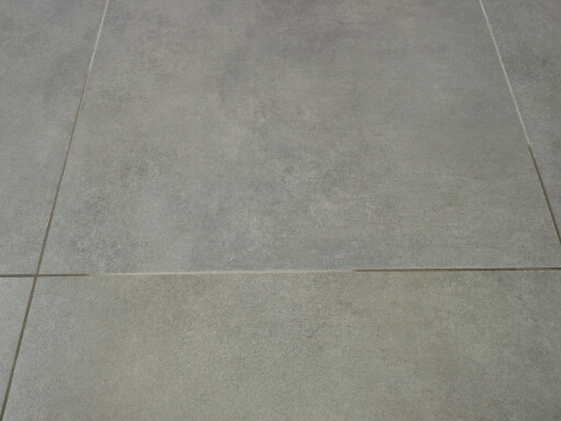 Carrelage joint gris for Joint carrelage sol