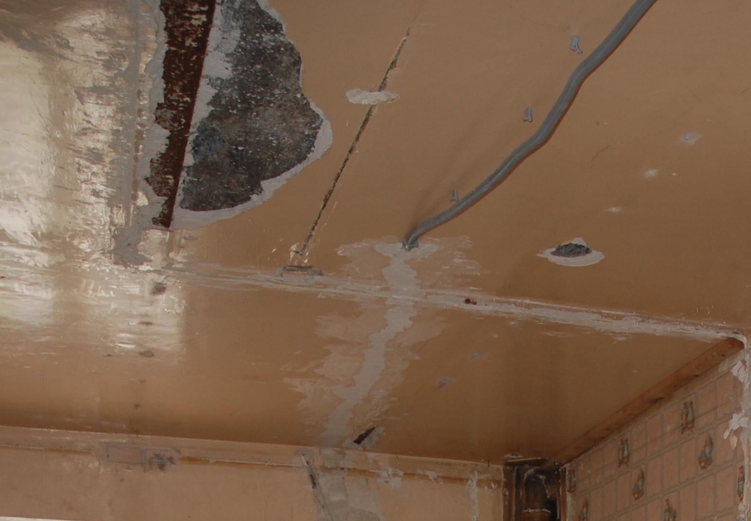 Fixation d 39 un faux plafond dans vieux batiment for Fixation pour faux plafond