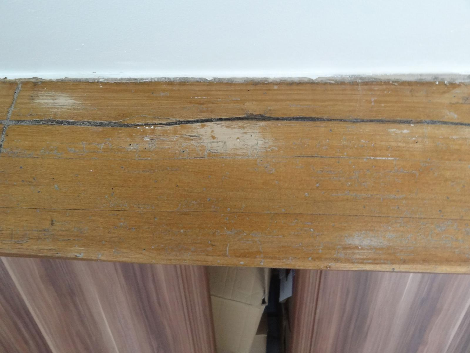 decaper poutres anciennes 28 images repeindre poutre bois chemin 233 e relooking chemin 233. Black Bedroom Furniture Sets. Home Design Ideas