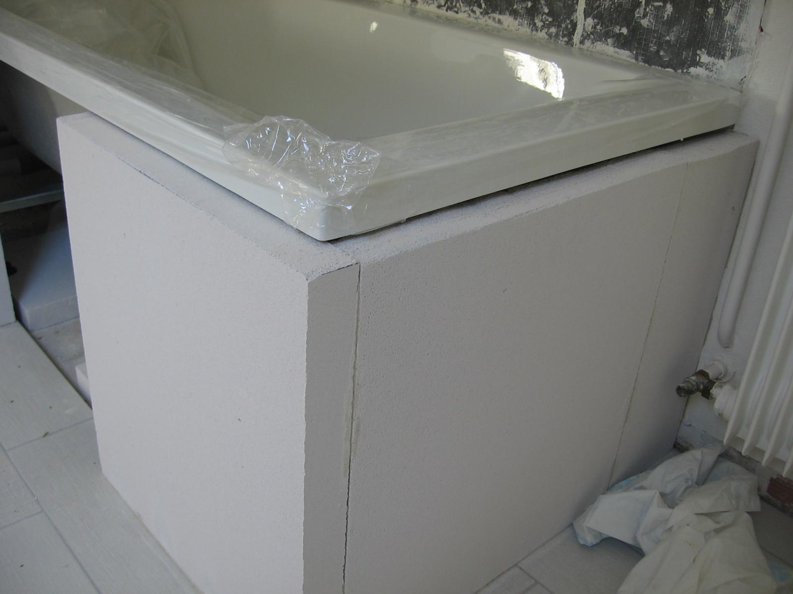 Plage de baignoire en siporex comment carreler - Wedi salle de bain ...