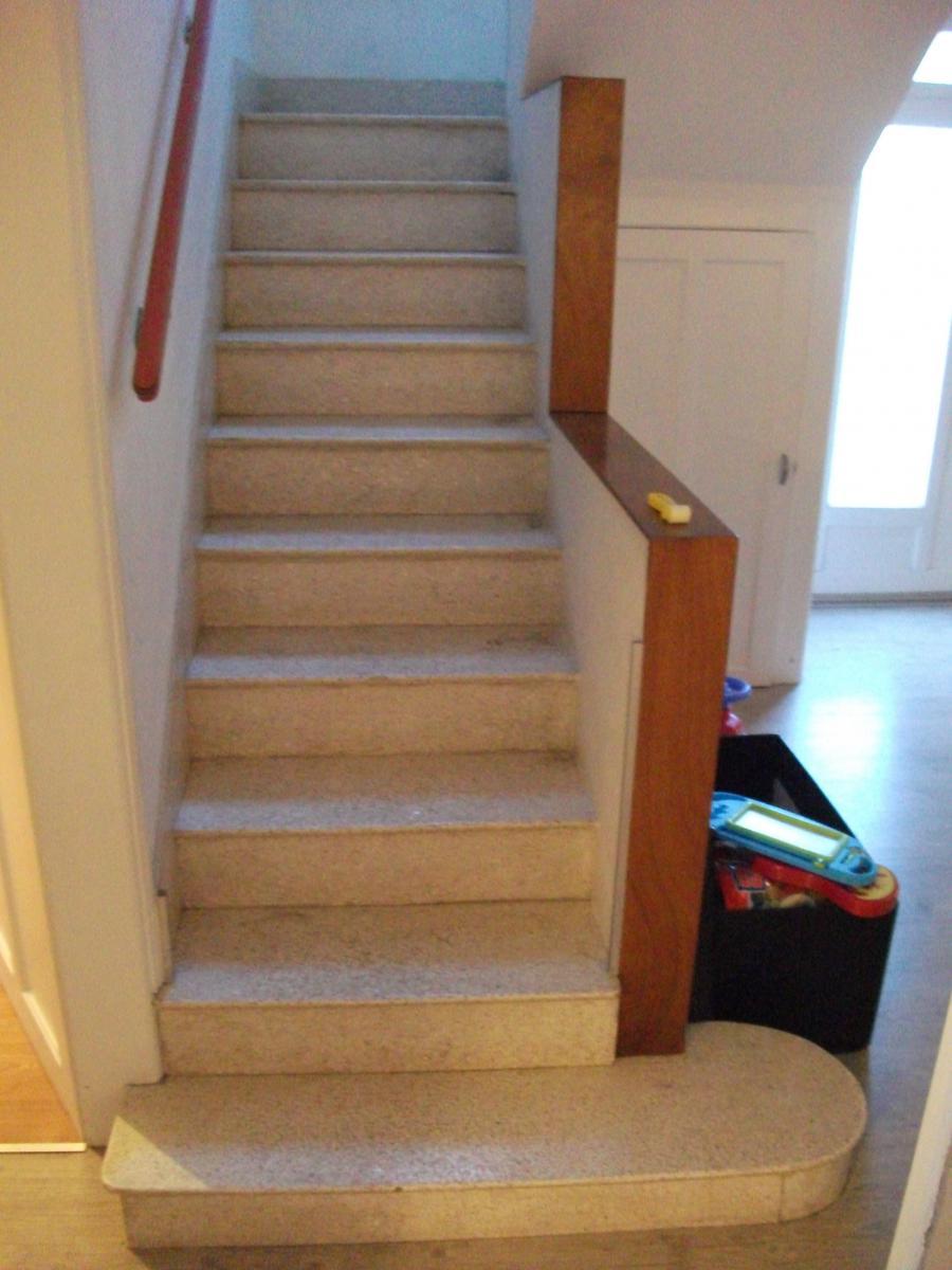 nettoyer un escalier en bois c est du propre. Black Bedroom Furniture Sets. Home Design Ideas