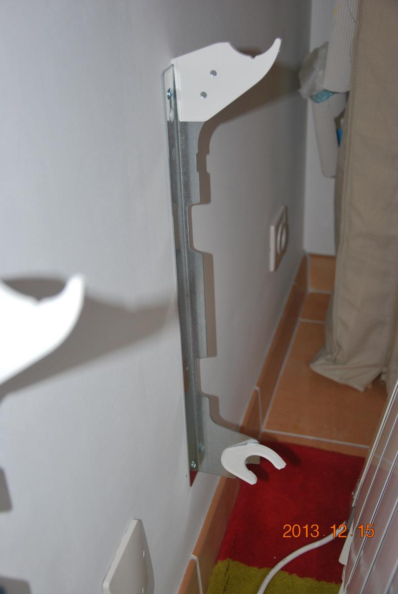 salle de bain rouge et beige. Black Bedroom Furniture Sets. Home Design Ideas