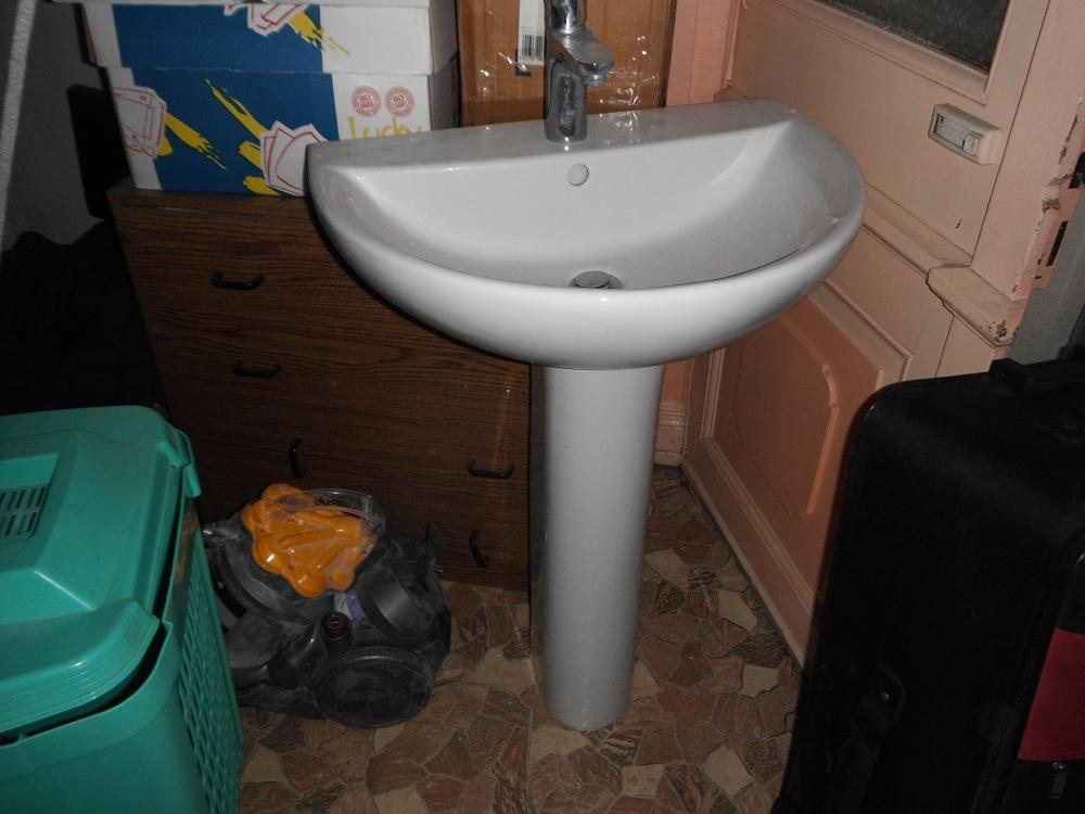 Meuble sous lavabo for Fabriquer une colonne de salle de bain