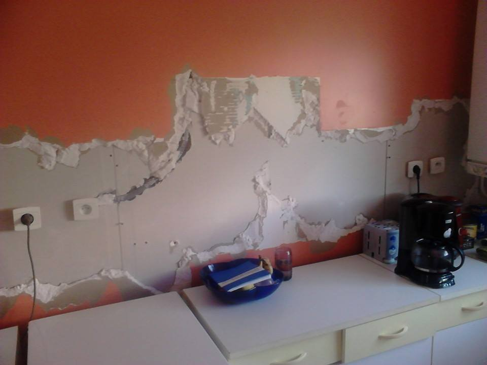 Comment r parer un mur en placo pl tre for Comment reparer un mur humide