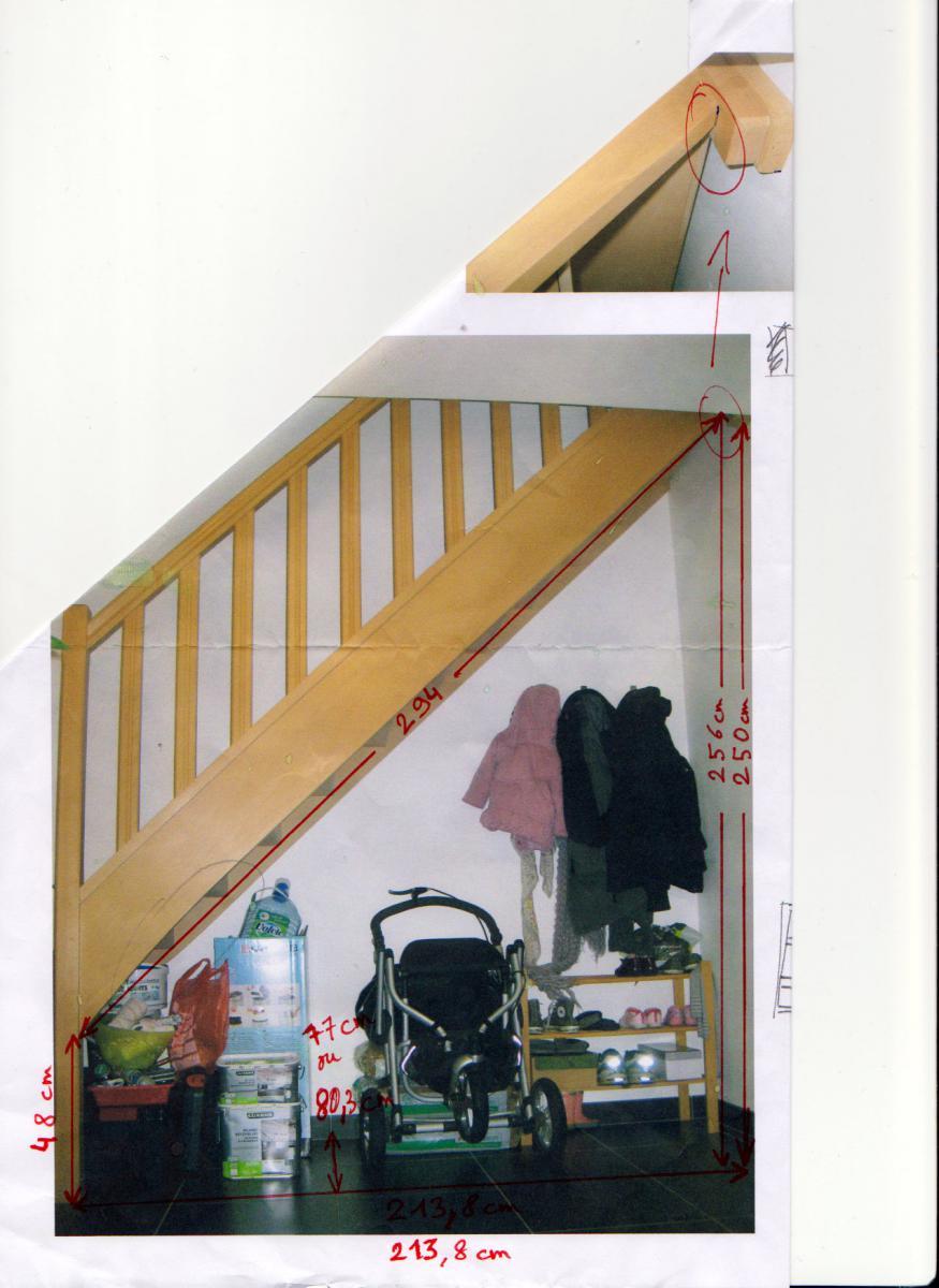construire un placard sous escalier. Black Bedroom Furniture Sets. Home Design Ideas