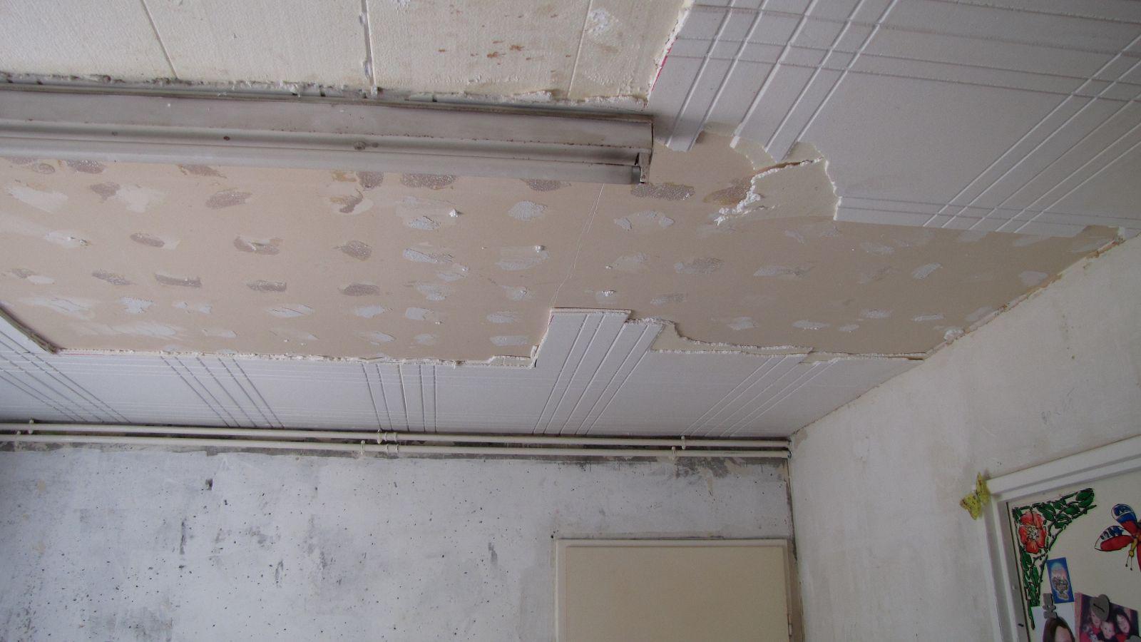 Faux plafond dans cuisine for Faux plafond cuisine