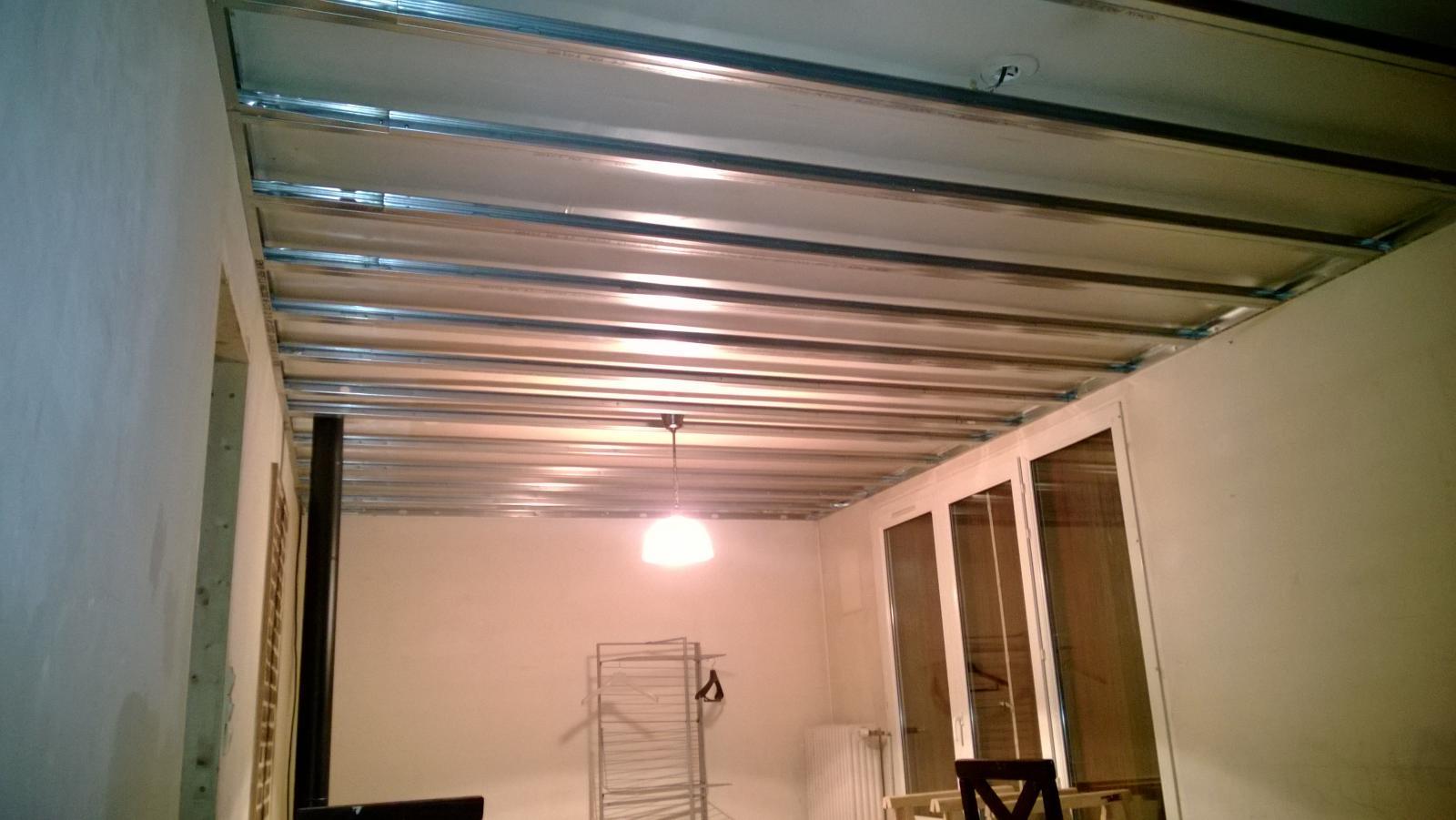 Plafond en placo - Comment rabaisser un plafond en placo ...