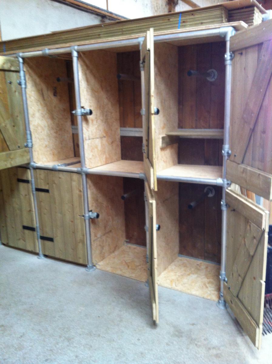 fabriquer des casiers de rangements. Black Bedroom Furniture Sets. Home Design Ideas