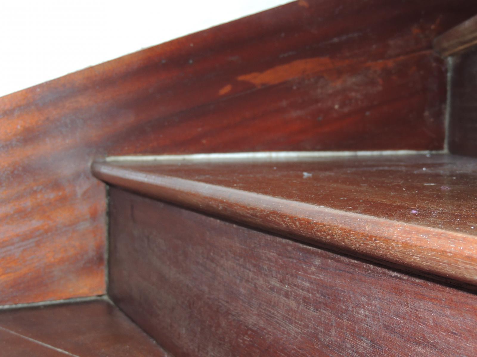 d callage marche escalier bois. Black Bedroom Furniture Sets. Home Design Ideas