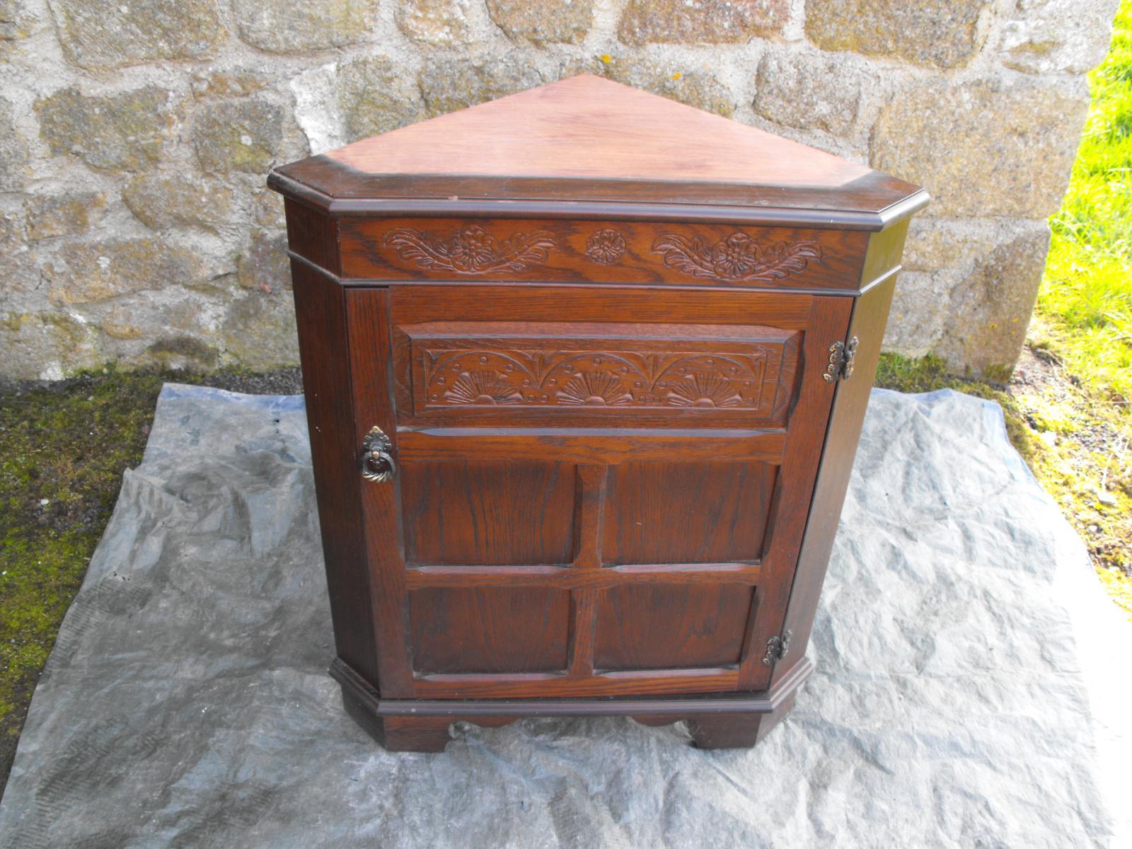 Comment reconnaitre le bois d un meuble for Decaper un meuble