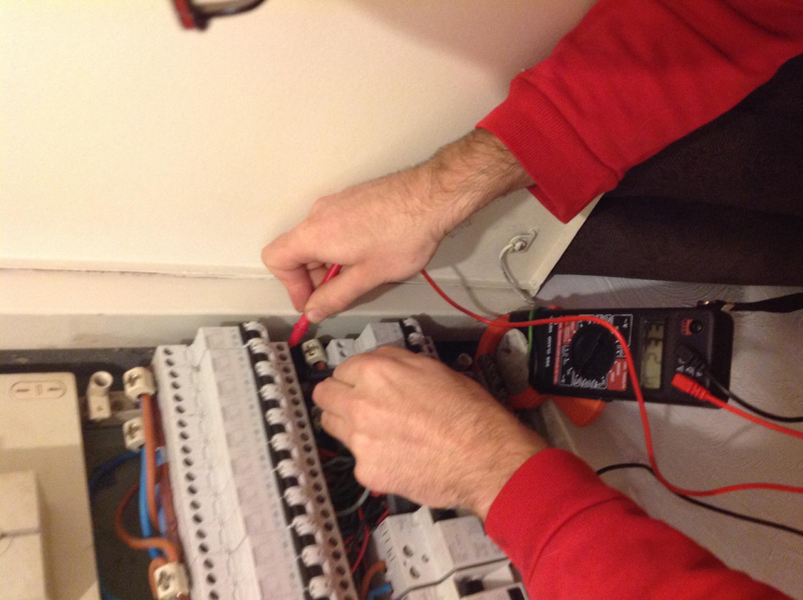 Prise 32 amp res qui ne donne pas d 39 lectricit for Prise 32 amperes cuisine