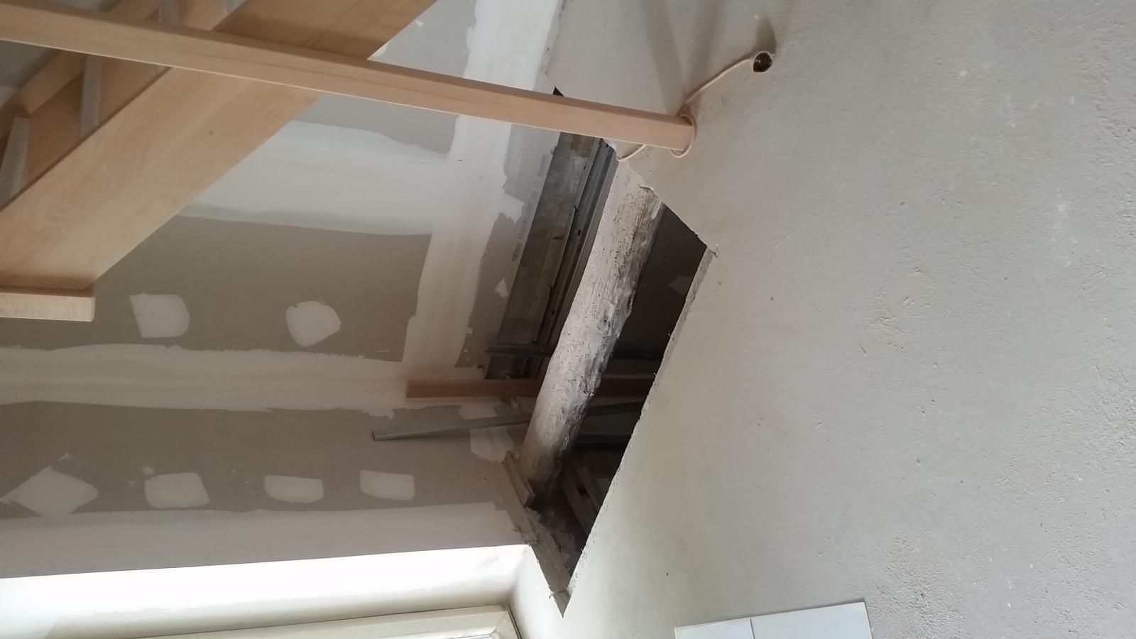 tr mie escalier impossible petite tr mie. Black Bedroom Furniture Sets. Home Design Ideas
