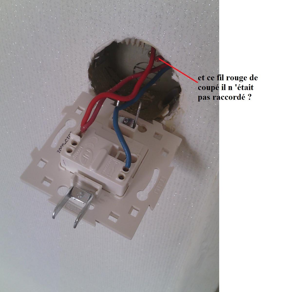 Probleme 3 interrupteurs pour 2 lumieres differentes chambres for Probleme humidite chambre