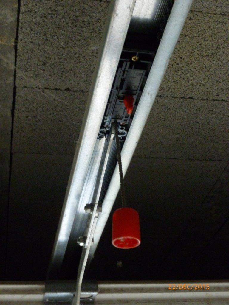 Porte de garage wayne dalton reglage - Reglage fin de course porte de garage sectionnelle ...