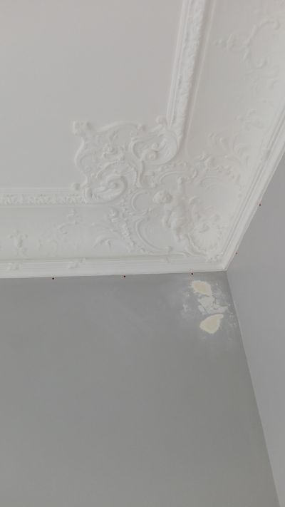 Repeindre un plafond affordable comment nettoyer un plafond avant de le repeindre beautiful - Comment peindre un plafond facilement ...